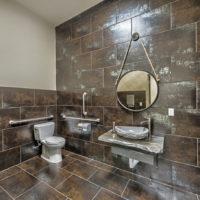 carbon club bathroom